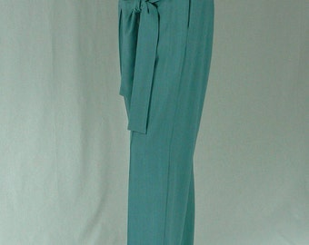 Maternity Pants. Teal BLue.FREE SHIPPING! Simply enter coupon code FREESHIPPING11 at checkout.