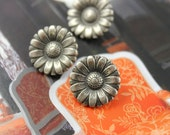 10 Small Daisy Nickel Silver Metal Buttons, 0.59 inch