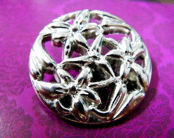 Metal Buttons - Bouquet Metal Buttons , Shiny Silver Color , Openwork , Shank , 1 inch , 7 pcs
