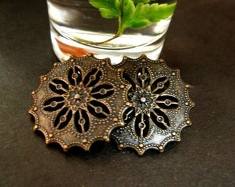 Metal Buttons - Flower Filigree Metal Buttons , Antique Brass Color , Shank , 0.71 inch , 10 pcs