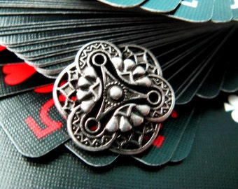 Metal Buttons - Gothic Flower Art Metal Buttons , Gunmetal Color , Shank , 0.75 inch , 10 pcs