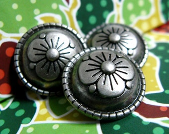 Metal Buttons - Fancy Flower Nickel Silver Domed Metal Shank Buttons. 0.59 inch, 10 pcs