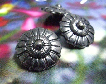 Metal Buttons - Octagon Flower Metal Buttons , Shiny Gunmetal Color , Shank , 0.79 inch , 10 pcs