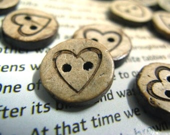 10 pieces of Simple Vintage Heart Carving Coconut Buttons, 0.75 inch