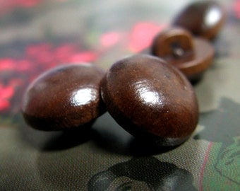 Wooden Buttons - 10 pieces of Bead Design Brown Wood Buttons. 0.43 inch