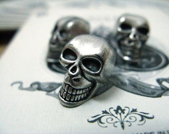 Metal Buttons - Skull Metal Buttons , Retro Silver Color , Shank , 0.59 inch , 6 pcs