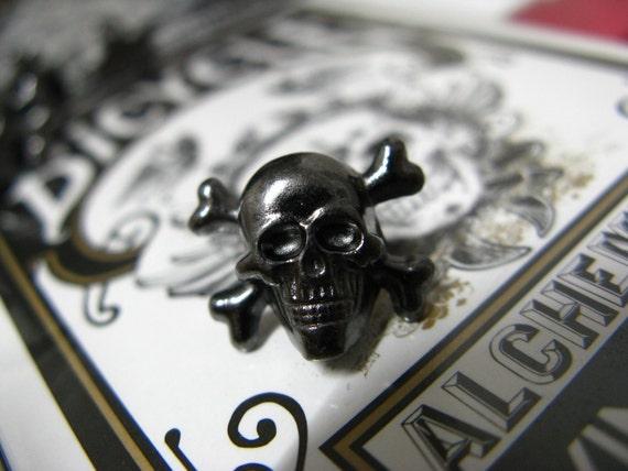 Metal Buttons - Skull and Cross Bones Metal Buttons , Gunmetal Color , Shank , 0.55 inch , 6 pcs