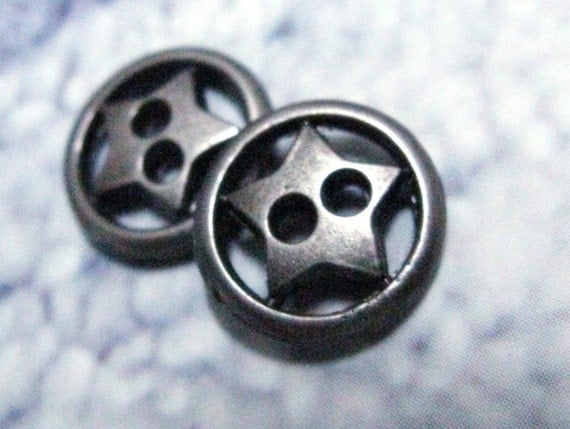 10 Gunmetal Open Work Ring and Star Hole Buttons. 0.43 inch.