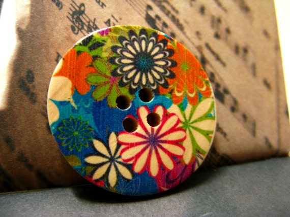 Flower Wooden Buttons -  Flowers Blooming in Dreamland Picture Nature Wood Buttons 1.18 inch. 6 in a set