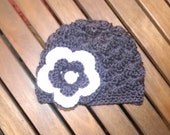 Baby girl beanie deep purple with a big flower