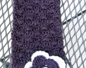 Baby girls scarf, crochet scarf with a big flower in purple and white