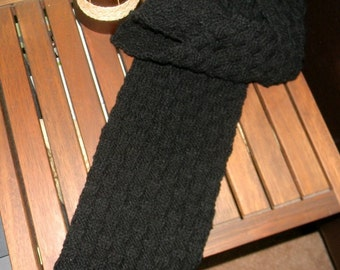 Men's scarf, handknitted  in black, Black Checkers