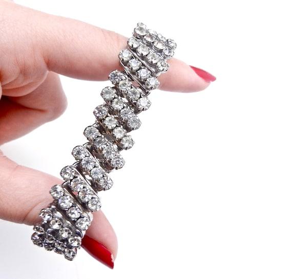 Vintage Rhinestone Bracelet - Stretchy Mid Century Cocktail Costume Jewelry / Expansion Ice