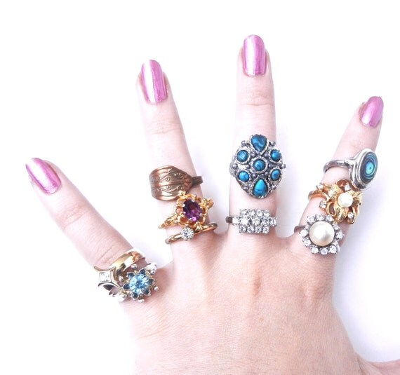 Vintage Rings Lot - Retro Costume Jewelry Rings Most Adjustable - Wholesale Collection