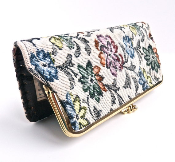 Retro Floral Tapestry Wallet - Vintage White Flower Design & Leather Billfold / Summer Wallet
