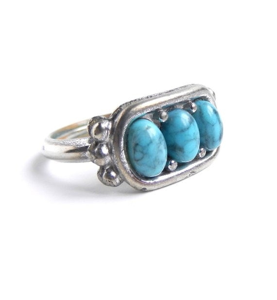 Teal Stone Studded Ring - Vintage 1970s Silver Tone Faux Turquoise Size 6 Costume Jewelry  / Southwestern Charm