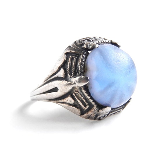 Sterling Silver Glass Ring - Vintage Size 6 Costume Jewelry / Baby Blue Sky Glow