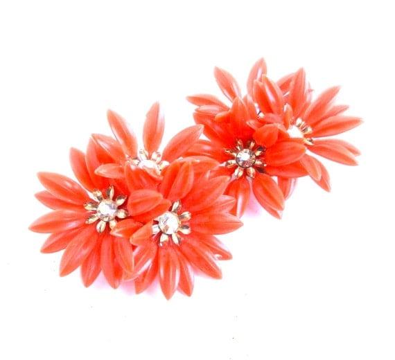Retro Bright Orange Flower & Rhinestone Clip On Earrings / Vintage Coro Clusters