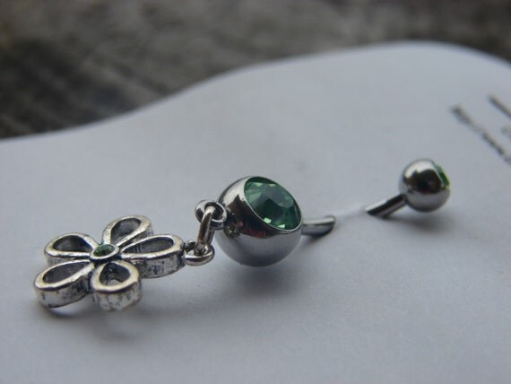 Peridot Flower Dangle Naval Ring