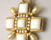 CHANEL gripoix and faux pearl brooch pendant in original box