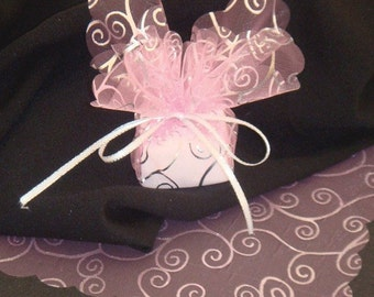 25 Sheer Pink Organza Squares  with Silver Swirl Pattern (PNKSCPSQ-SVR-SWL-25)