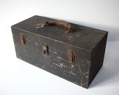 Simple Vintage Black Metal Toolbox with Leather Handle and Interior Tray / Rustic and Rusty