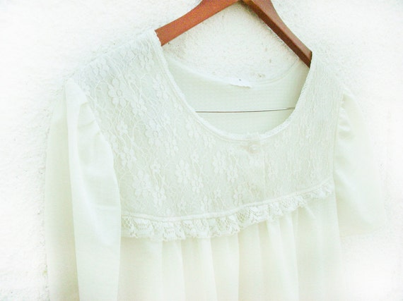 Vintage Antique-White Lace mini Dress