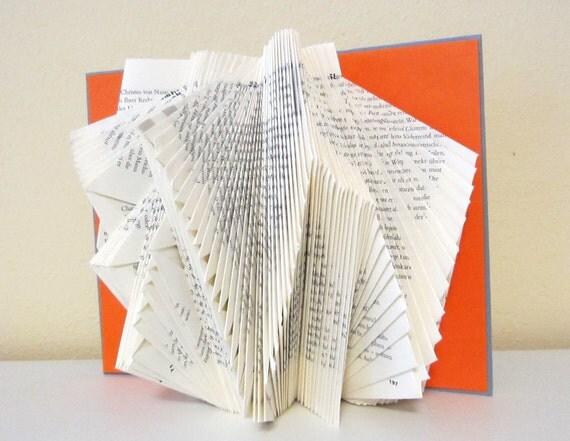 Book Sculpture Nr. 15 - altered Book
