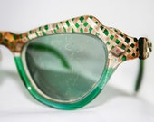 Green Cat Eye Sunglasses with Tan Print ......B