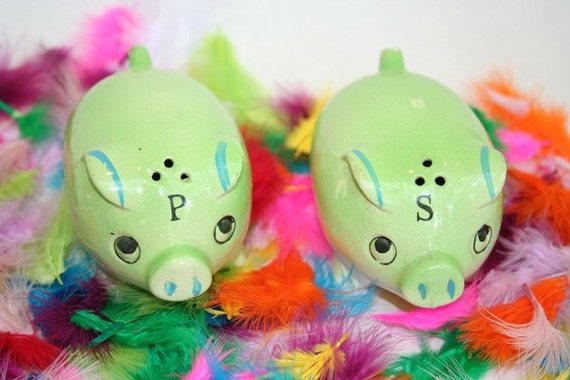 SALE Green Pig Salt and Pepper Shakers