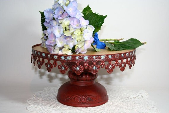 Lovely French Cakestand in Tin and Plaster