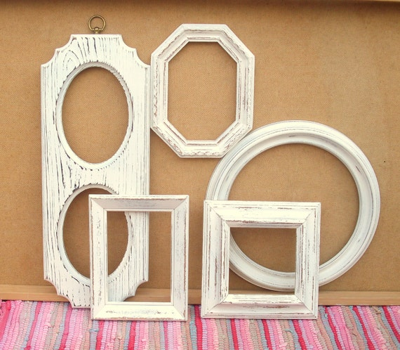 Creamy White Rustic Frame Quintet - upcycled shabby cottage chic - 5 frames painted in antique white - paris apartment cabin bungalow