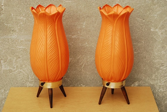 Mod Orange Acanthus Lily Table Lamps