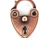 2 - Hinged Heart Lock Clasps / Charms - Antique Copper Plated - 00114602 x 2