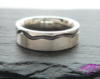 Two Tone Sterling Silver Ring with Engraved Detail