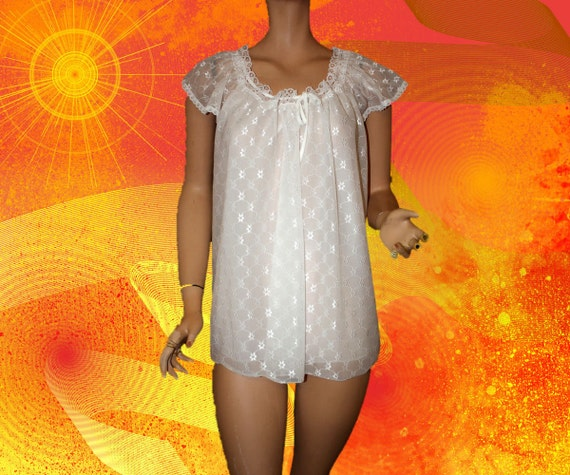 Vintage Baby Doll Shorty Pajama Nightgown White