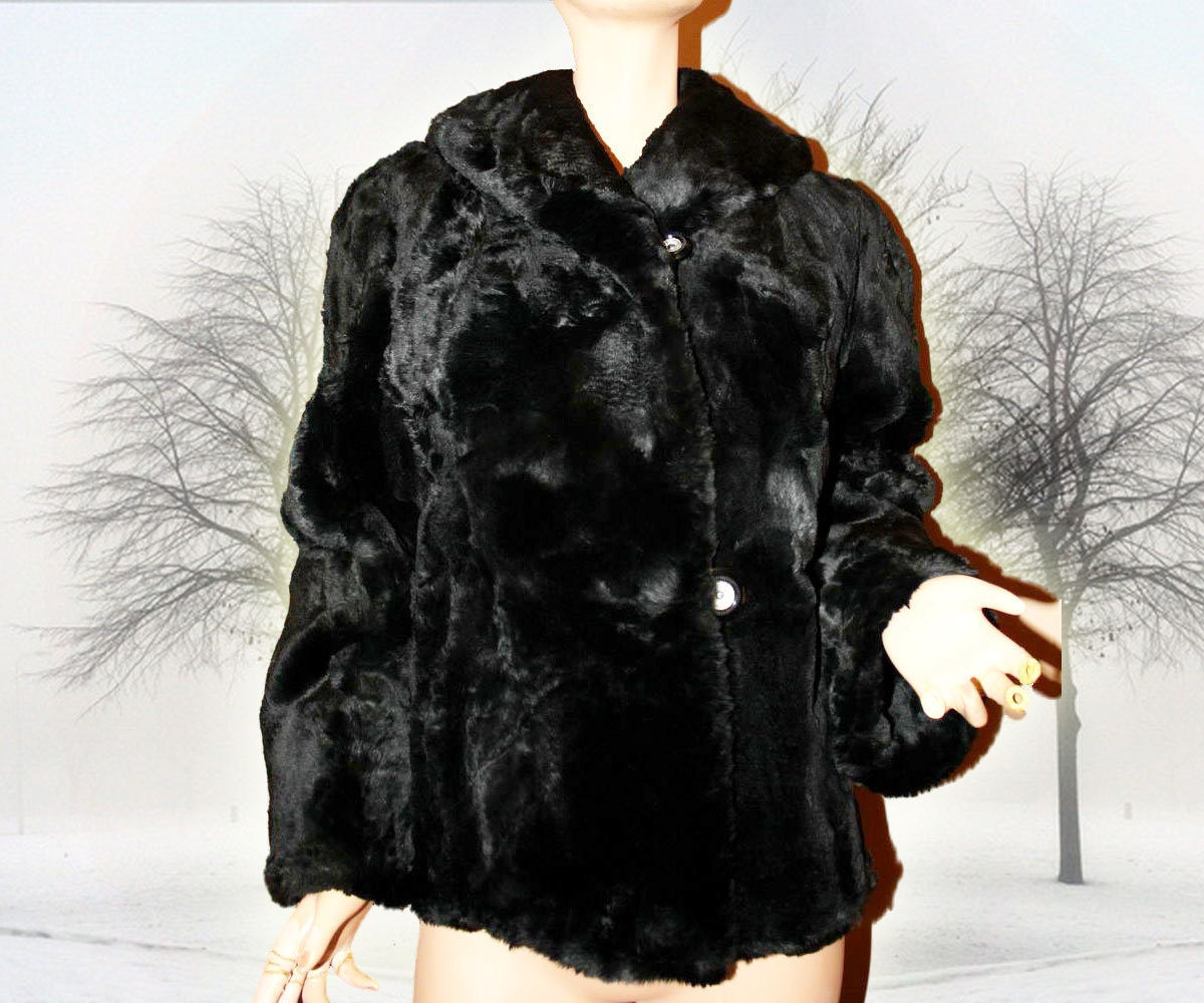 Vintage 1940s Fur Coat Opera Jacket French Seal by EmeliasCloset