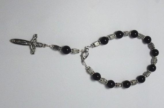 Men/Women Rosary Bracelet Handmade Trendy/Stylish