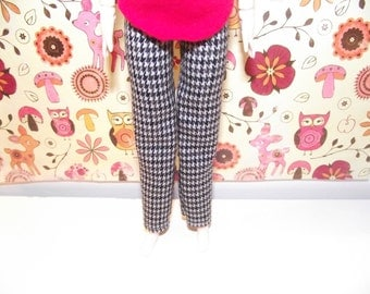 A  nice pair of houndstooth pants for pullip