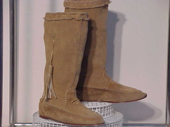 TAN MOCCASIN BOOTS