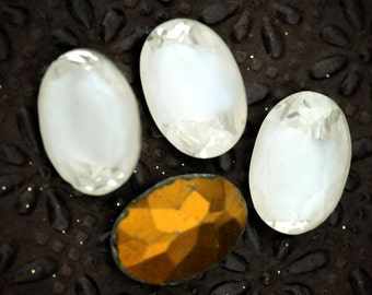 16x11mm Vintage Oval White Givre Glass Gems Stones Jewels Cabochons, 16x11 ovals, (H1-R1-C4), Quantity 4