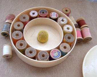 Vintage Sewing Thread Holder Kit Plastic Box by Bridges Plastic with 22 wood spool threads.