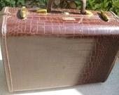 Vintage Samsonite 1940s Shwayder Luggage - Faux Alligator