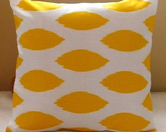 New IKAT  Corn Yellow Collection  18 x 18  Pillow Covers Chipper Corn Yellow