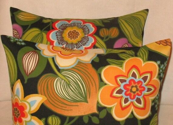 Raymond Waites Indooor/ Outdoor Black Tie Two 18 x 18 Pillow Covers