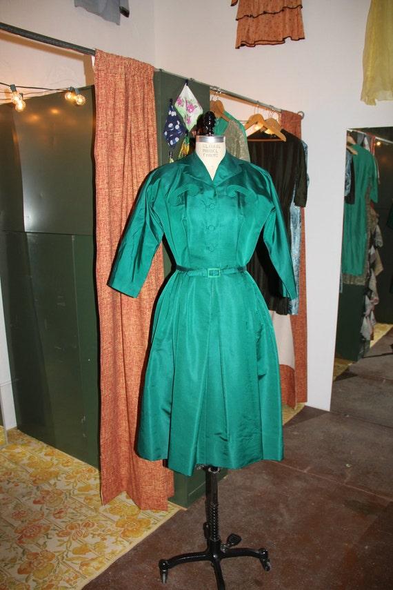 Vintage 1950s Emerald Green Silk Faille Art Deco Shirtwaist Dress Medium