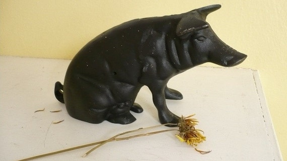 Antique Cast Iron Swine Bank