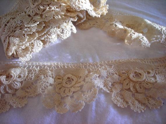 Handmade Beautiful Antique Irish Crochet Rosette Lace Trim