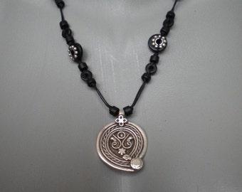 Vintage Style Pendant Ceramic Beads Necklace