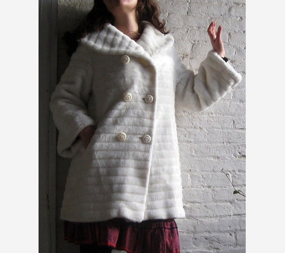 50s 60s white FAUX fur coat DARLING DARLING